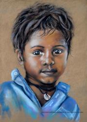 Enfant au collier pastel sec sur pastel card par laure-anne